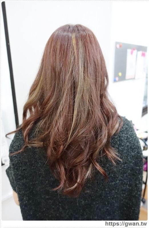 台中染髮,Glitz Hair,聖誕甜心,莓果棕,聖誕髮色推薦,寵物友善髮廊,偉恩-26-790-1