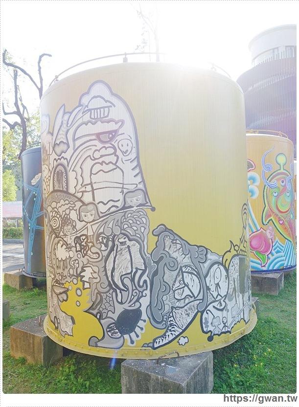 台中景點,文化創意產業園區,酒桶彩繪,大酒桶,台中舊酒廠,台中車站,後火車站,有很多大酒桶的地方,月亮小熊-7-617-1