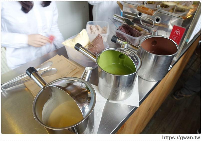 2016 03 13 232352 18 - INO ICE 冰淇淋店/紅豆餅 — 顆顆爆餡的巨無霸創意紅豆餅♪冰淇淋口味天天不一樣