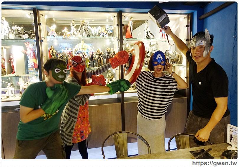 [台中美食●北區] 張燈結廬串燒店 — 玩具迷注意!!!不一樣的串燒店♪英雄主題餐廳、電競賽事直播、各式調酒、打鏢機