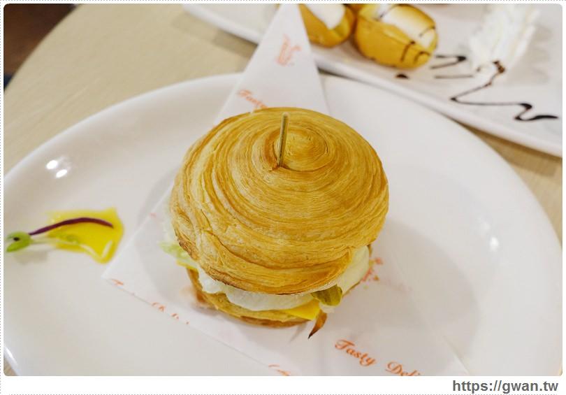 20160625142442 50 - [台中美食●北屯區] Double Coffee 大坡咖啡屋 — 胖呼呼棉花糖被包起來啦~