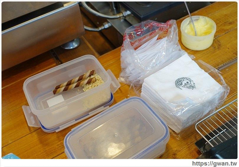 20160809004635 77 - [台中美食●東海商圈] 鯛魚燒霜淇淋 — 超吸睛的鯛魚燒霜淇淋,打卡買一送一喔