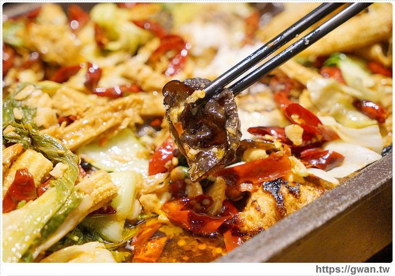 20170122203409 62 - 熱血採訪 | 城裡城外巫山烤魚 — 麻辣酸甜怪味烤魚 | 台灣也能吃到道地四川活魚料理