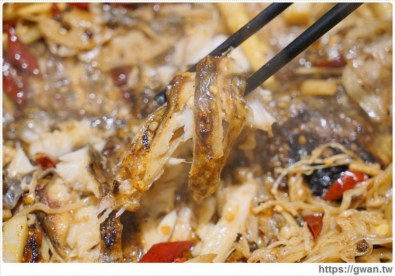 20170122203424 10 - 熱血採訪 | 城裡城外巫山烤魚 — 麻辣酸甜怪味烤魚 | 台灣也能吃到道地四川活魚料理