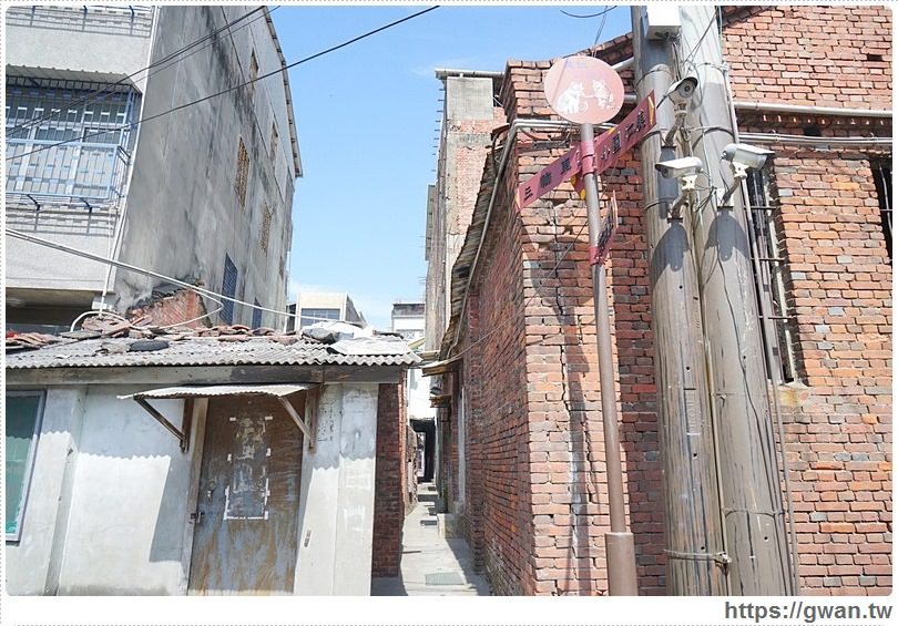 20170225153647 94 - 沙鹿美仁里彩繪村 — 超精緻、超復古,巷子裡的懷舊風彩繪