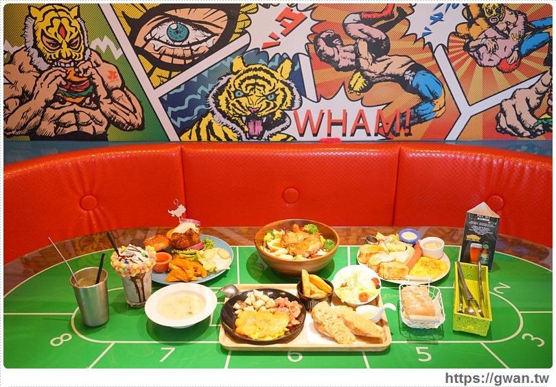 [台中美食●北區] 飽庫 All-in Burger — 賭場裡吃早午餐 | 一中商圈美味漢堡、早午餐、全天候美食