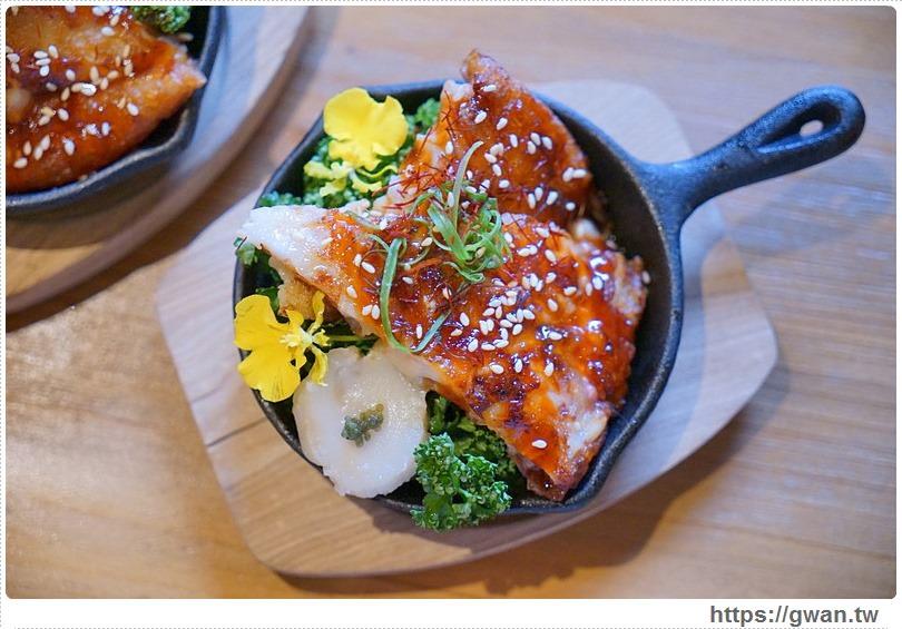 20170605203401 1 - 熱血採訪 | 締藏和牛燒肉囲炉裏(いろり)日式炭火燒肉,頂級和牛還有專人代烤服務,限量毛蟹需預約