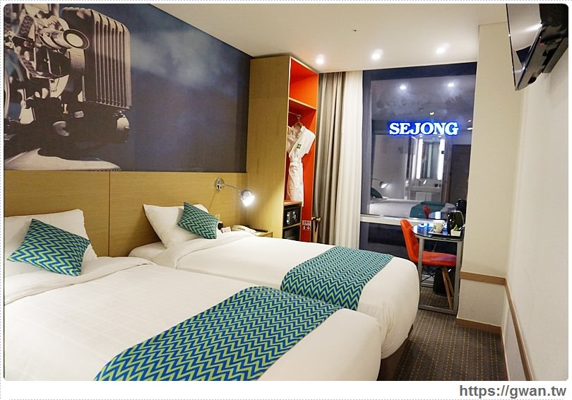 [韓國住宿●首爾] 宜必思尚品首爾明洞大使酒店ibis Styles — 近明洞商圈、交通方便附早餐,還有頂樓高空酒吧看首爾塔夜景