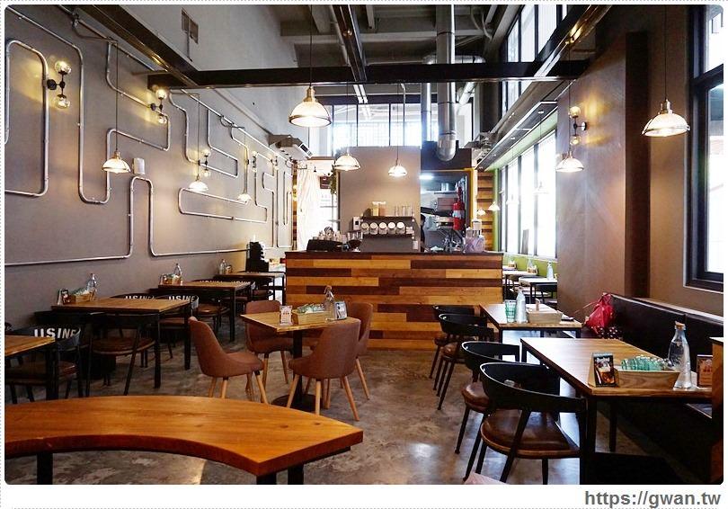 20170616160453 8 - 熱血採訪 | 瑪蒂廚房 — 貨櫃屋、花牆、工業風水管拼湊的夢幻餐廳(已歇業