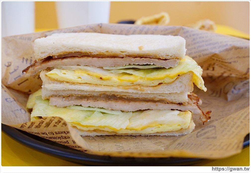 20170711123118 39 - 囍 鐵板吐司、手作蛋餅 —  特別的乳香肉鬆蛋餅,還有隱藏版喔!!