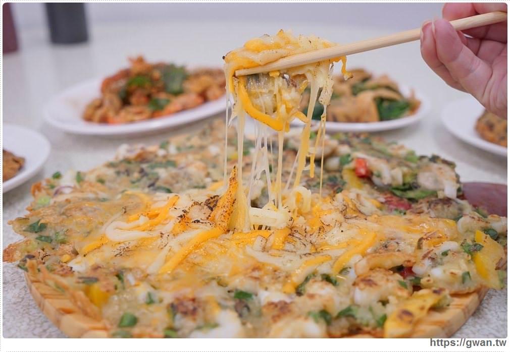 [台中美食●北屯區] 蚵嗲達人 — 隱藏版再進化,會拉絲的海鮮蚵仔披薩 | 食尚玩家推薦