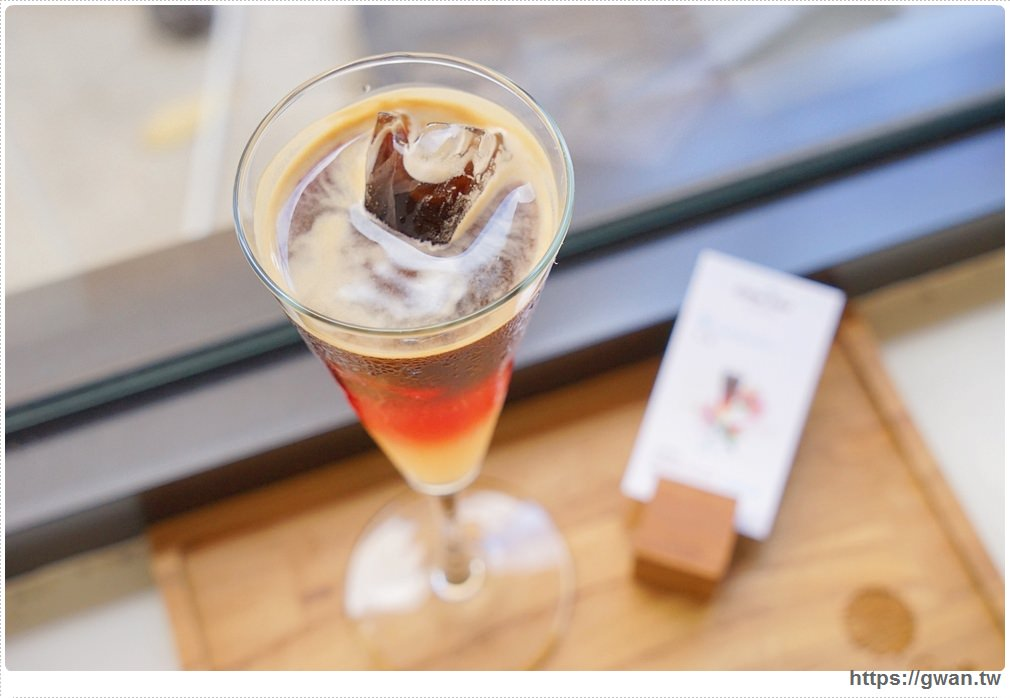 20170808221059 47 - 熱血採訪 | 成真咖啡 — 老屋裡喝超夢幻玫瑰咖啡,鐘樓愛人拍攝場景、台中好喝咖啡推薦