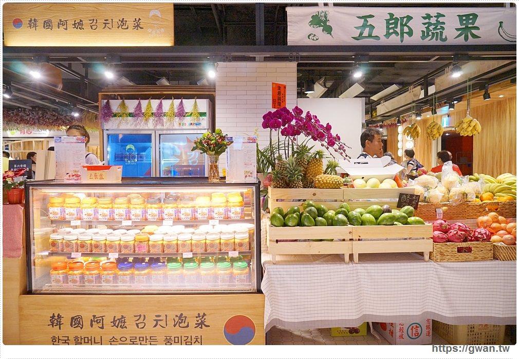 20170922194813 2 - 熱血採訪 | 第六市場 — 全台最美菜市場!! 邊吹冷氣邊買菜