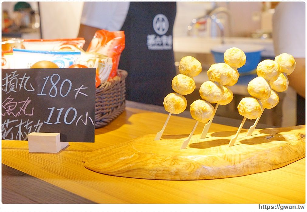 20170922194829 24 - 熱血採訪 | 第六市場 — 全台最美菜市場!! 邊吹冷氣邊買菜