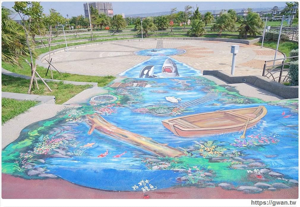 20171020223536 64 - 頂魚寮公園 — 3D地景藝術,和虎鯨、鯊魚一起拍照