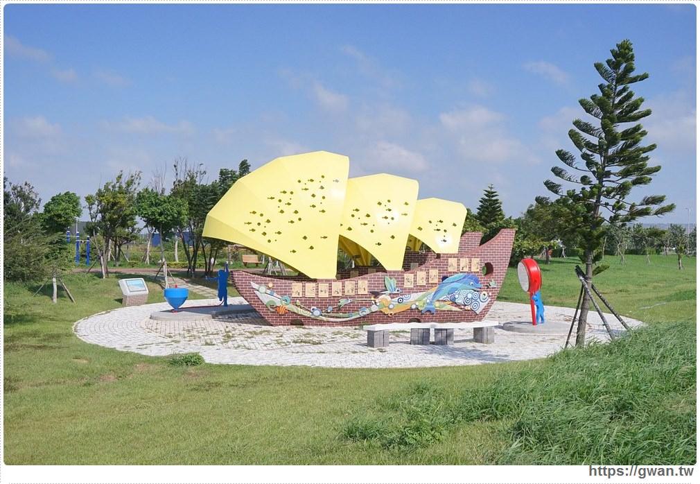20171020223610 88 - 頂魚寮公園 — 3D地景藝術,和虎鯨、鯊魚一起拍照