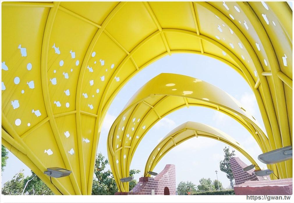 20171020223614 94 - 頂魚寮公園 — 3D地景藝術,和虎鯨、鯊魚一起拍照