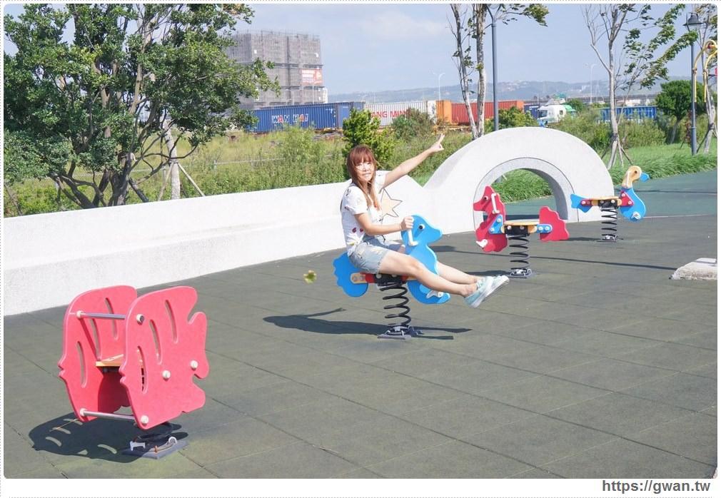 20171020223617 61 - 頂魚寮公園 — 3D地景藝術,和虎鯨、鯊魚一起拍照