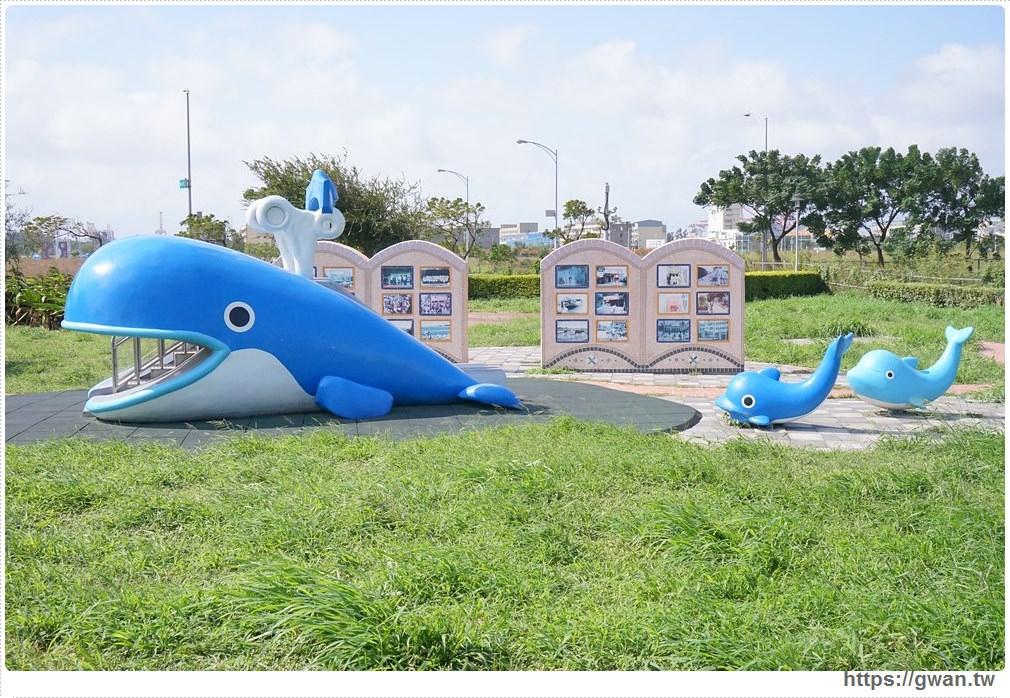 20171020223622 64 - 頂魚寮公園 — 3D地景藝術,和虎鯨、鯊魚一起拍照