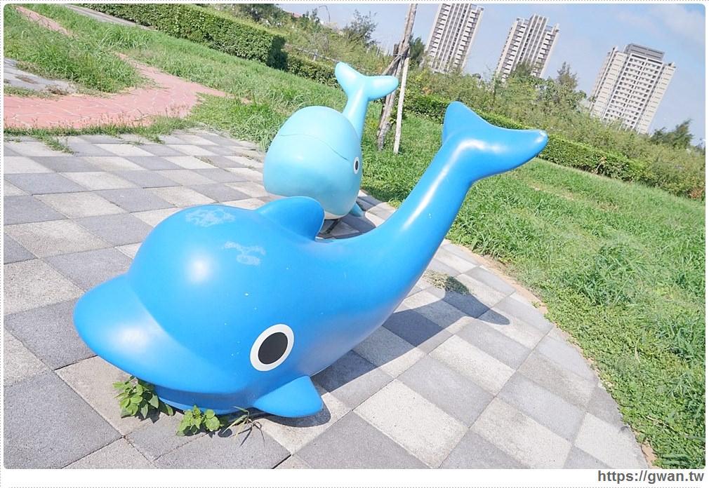 20171020223626 55 - 頂魚寮公園 — 3D地景藝術,和虎鯨、鯊魚一起拍照