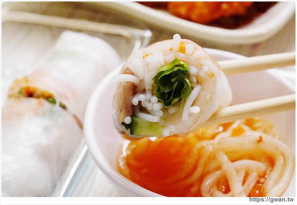 20171030223639 65 - 豪傑越南小吃 — 東海大學後門生意超好的異國美食