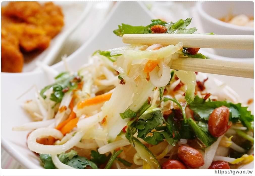 20171030223642 73 - 豪傑越南小吃 — 東海大學後門生意超好的異國美食