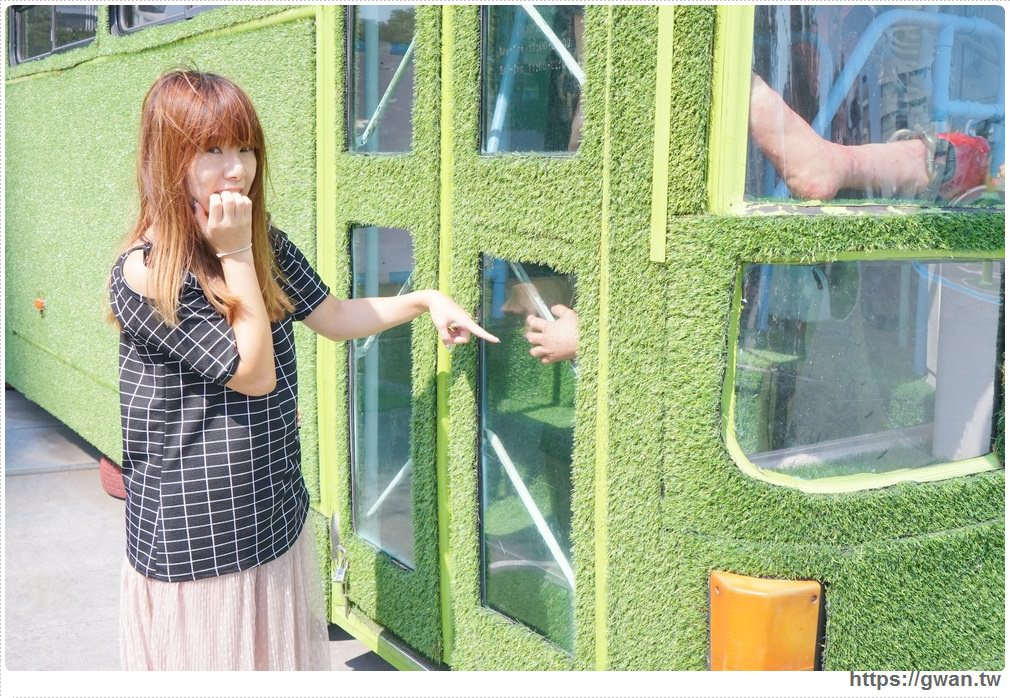 20171111010420 73 - 台中限時展覽 — 黑松沙士 清爽der風格書桌