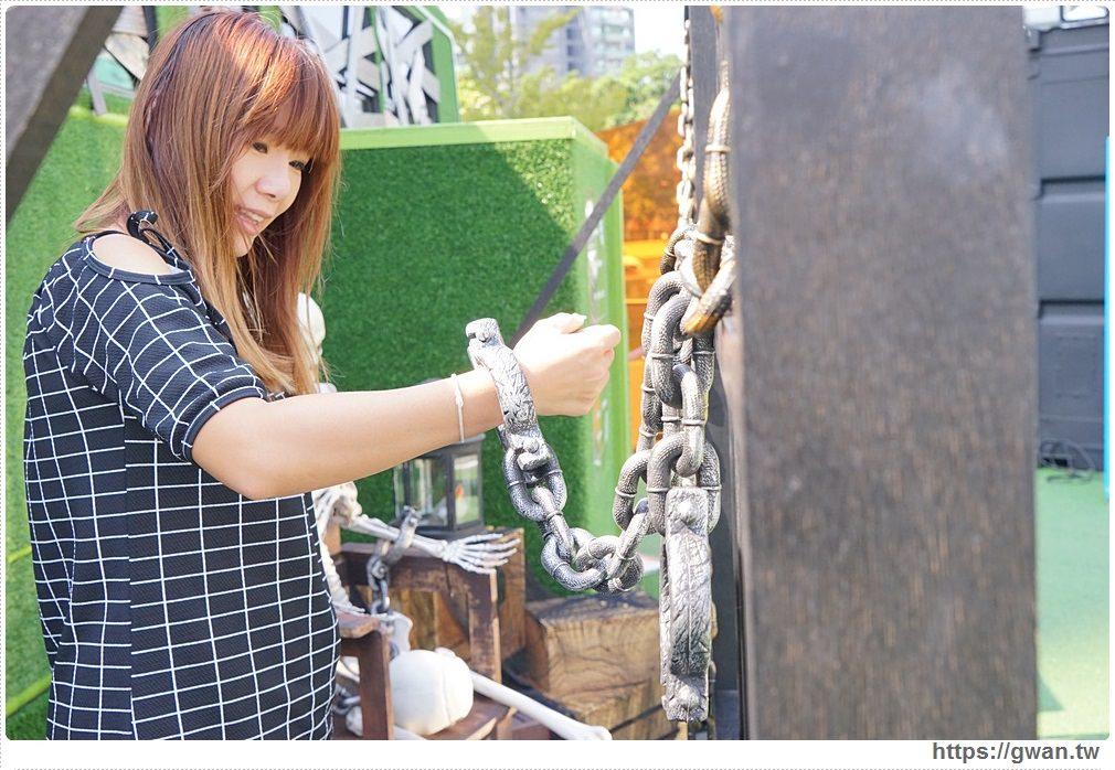 20171111010429 41 - 台中限時展覽 — 黑松沙士 清爽der風格書桌