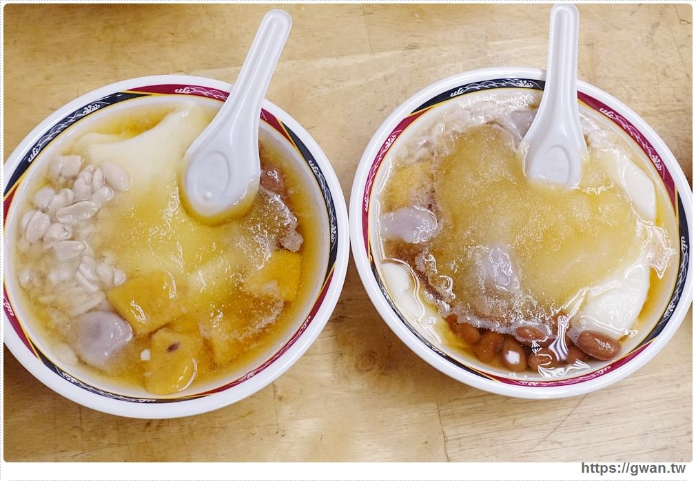 泰山阿姿豆花 | 藏身公有市場內,大碗30元、平價美味的超人氣豆花