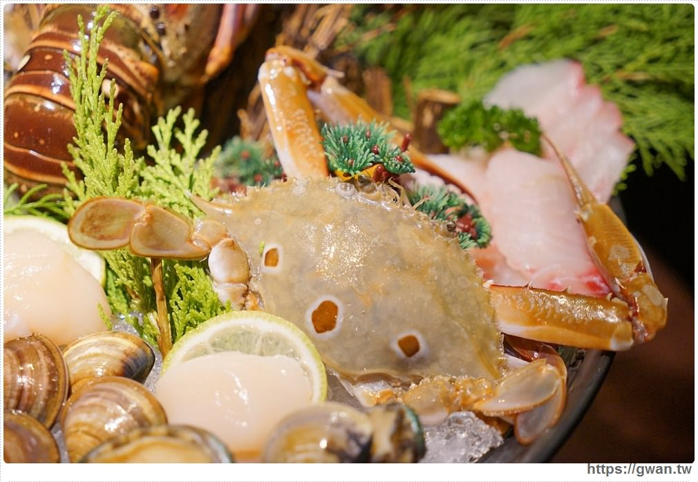20171212015239 12 - 熱血採訪 | 深紅(昇鴻)汕頭鍋物,用餐人潮大爆滿,超霸氣龍蝦海鮮鍋與隱藏版