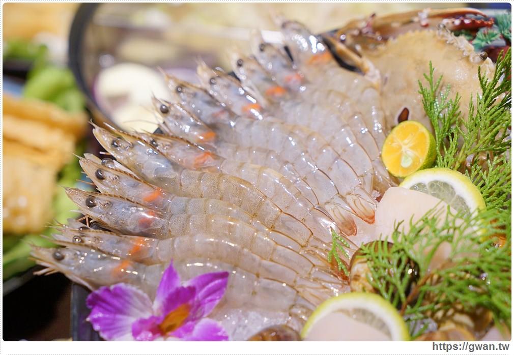 20171212015239 52 - 熱血採訪 | 深紅(昇鴻)汕頭鍋物,用餐人潮大爆滿,超霸氣龍蝦海鮮鍋與隱藏版