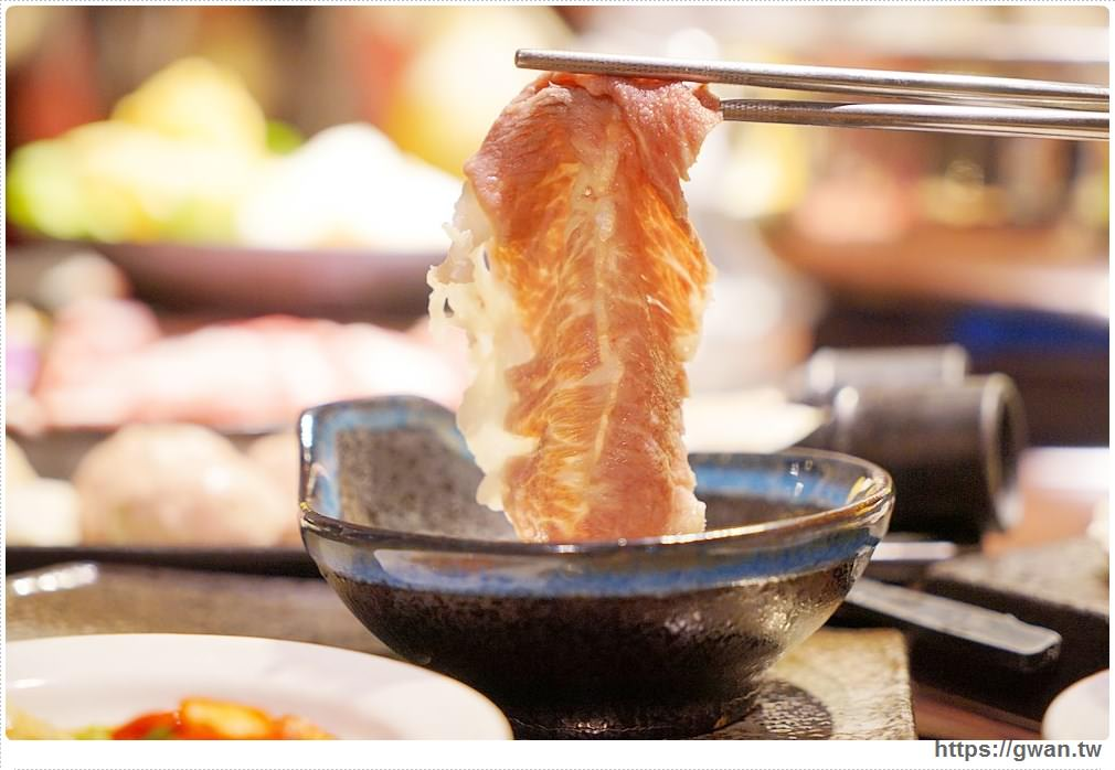 20171212015246 77 - 熱血採訪 | 深紅(昇鴻)汕頭鍋物,用餐人潮大爆滿,超霸氣龍蝦海鮮鍋與隱藏版
