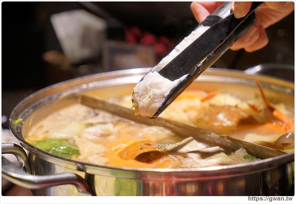 20171212015257 8 - 熱血採訪 | 深紅(昇鴻)汕頭鍋物,用餐人潮大爆滿,超霸氣龍蝦海鮮鍋與隱藏版