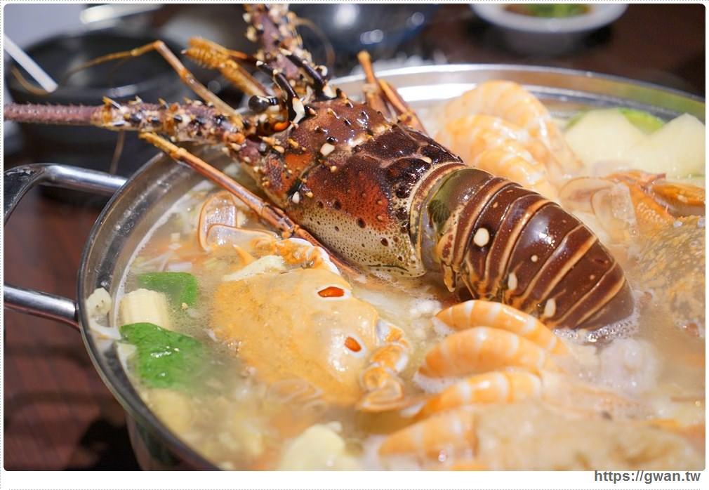 20171212015301 7 - 熱血採訪 | 深紅(昇鴻)汕頭鍋物,用餐人潮大爆滿,超霸氣龍蝦海鮮鍋與隱藏版
