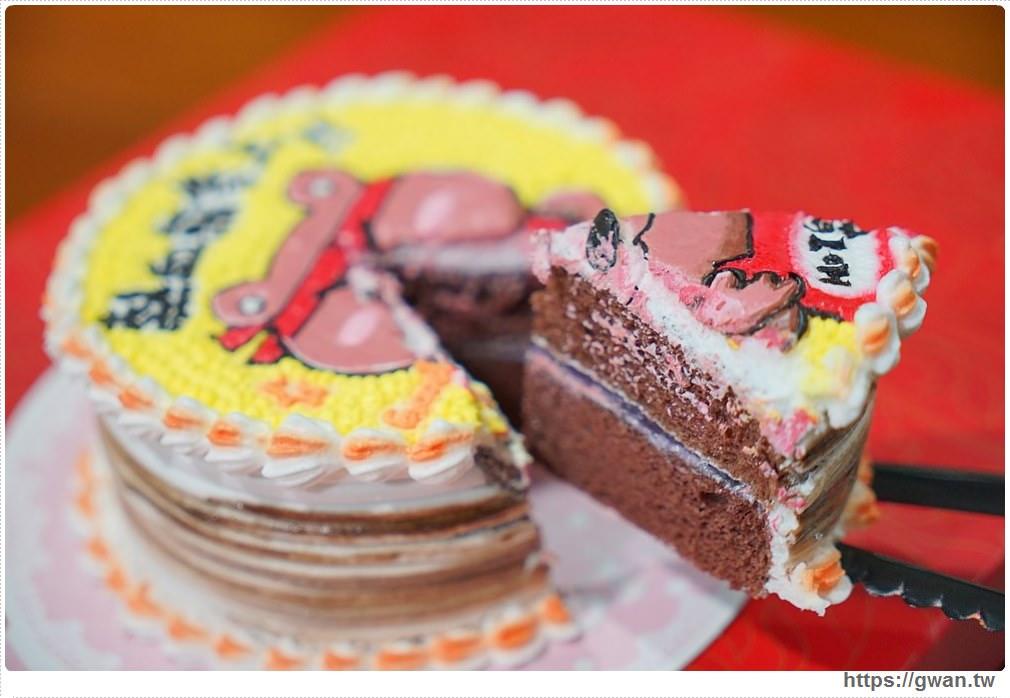 20171219183513 87 - 熱血採訪│逢甲碧根超隱密銅板價的限量草莓甜點店來囉!滿滿的草莓季就在瑞比庫克,還有幾間新開餐廳