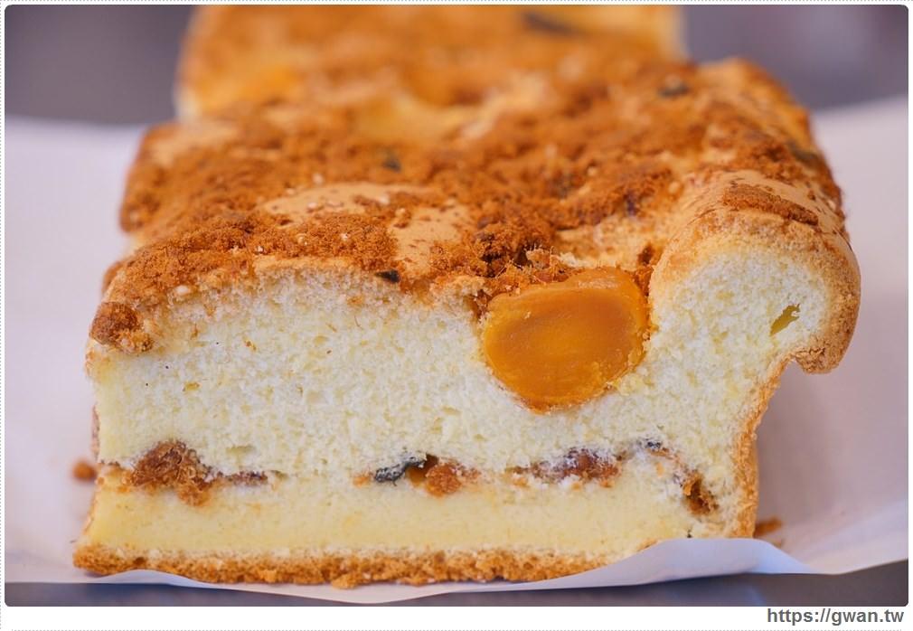 20171224193051 64 - 熱血採訪 | 雞蛋牛奶古早味蛋糕 — 現烤超彈潤蛋糕,每天還有不同隱藏版