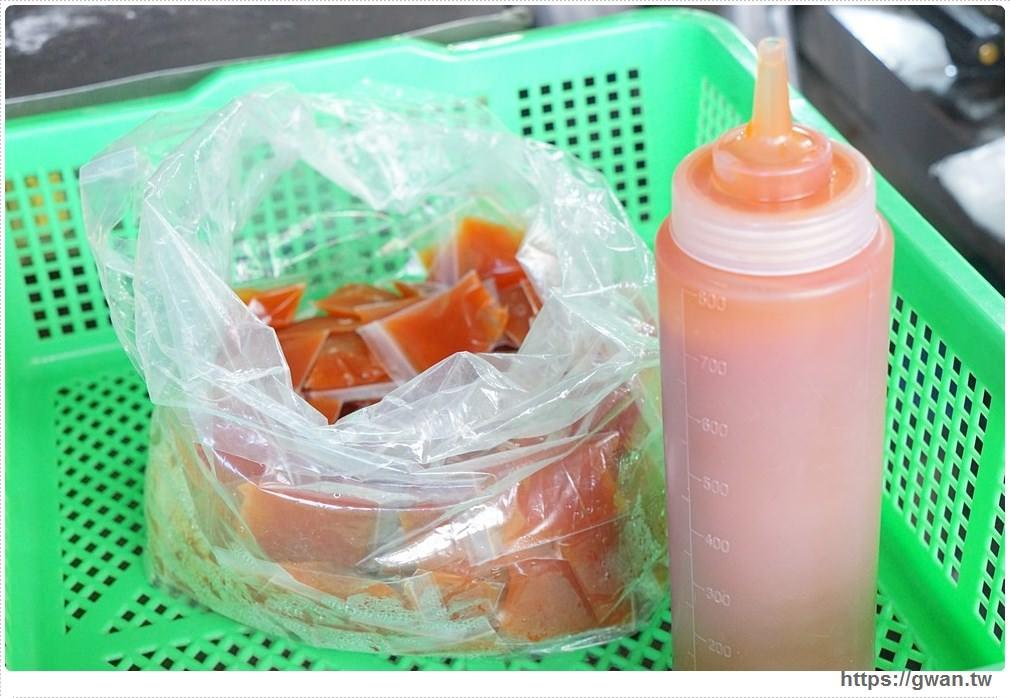 20180118010056 84 - 阿郎港式鮮肉包– 現做包子皮香肉甜,市場人氣銅板小吃