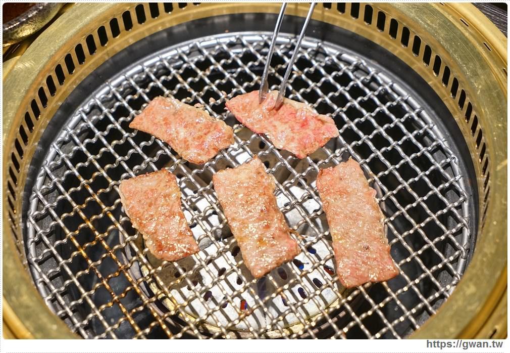 20180203025102 83 - 熱血採訪 | NikuNiku肉肉燒肉 — 時尚氣派裝潢,過年還送你狗年紅包袋唷