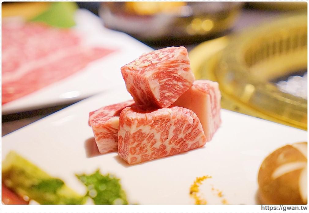 20180203025105 92 - 熱血採訪 | NikuNiku肉肉燒肉 — 時尚氣派裝潢,過年還送你狗年紅包袋唷