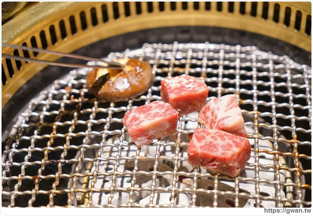 20180203025119 75 - 熱血採訪 | NikuNiku肉肉燒肉 — 時尚氣派裝潢,過年還送你狗年紅包袋唷