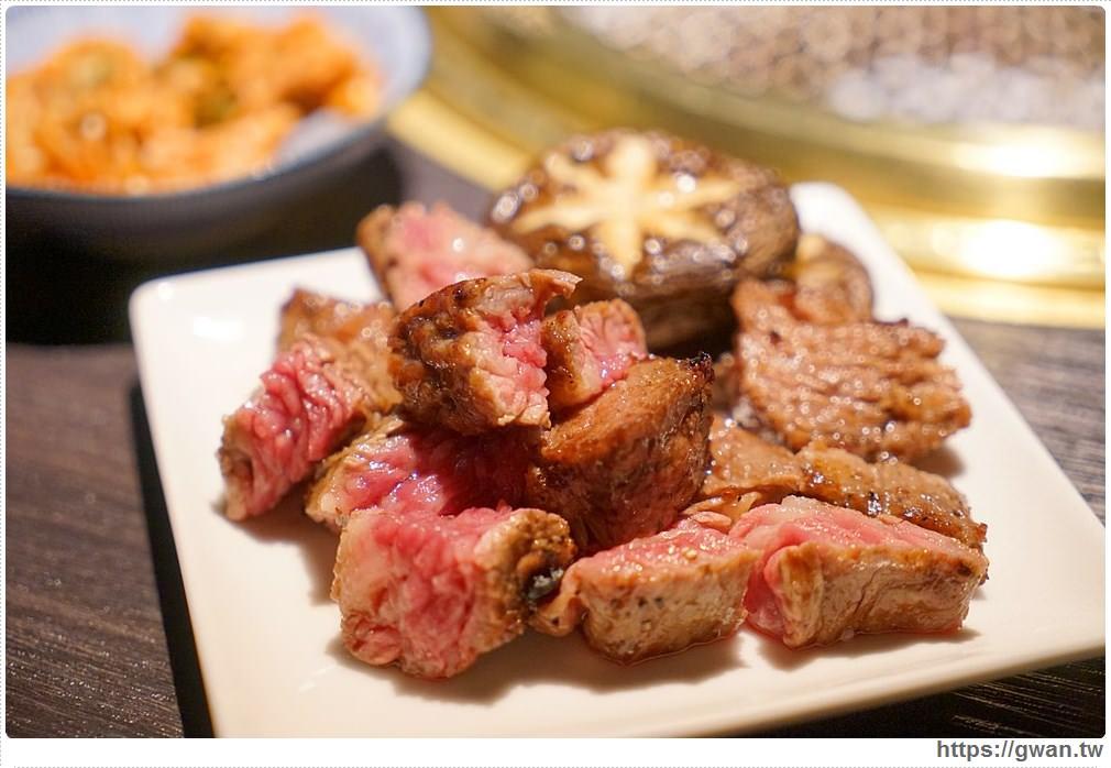 20180203025138 77 - 熱血採訪 | NikuNiku肉肉燒肉 — 時尚氣派裝潢,過年還送你狗年紅包袋唷