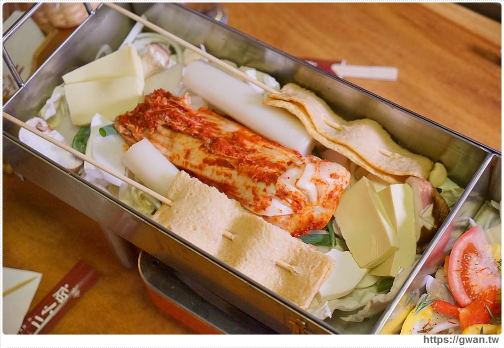 20180208212524 6 - 熱血採訪 | 店小二串燒vs燒肉 — 韓式加法式的超長雙拼火鍋