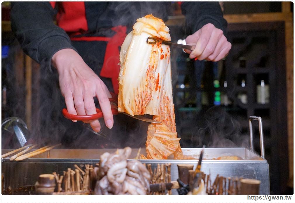 20180208212536 62 - 熱血採訪 | 店小二串燒vs燒肉 — 韓式加法式的超長雙拼火鍋