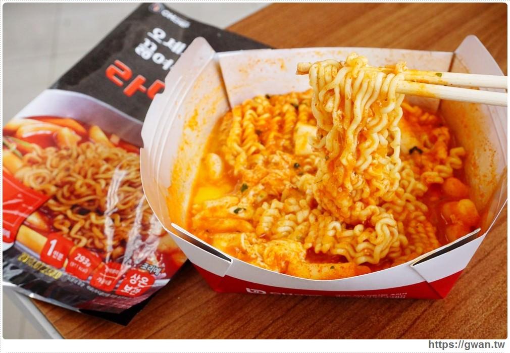 20180223232635 99 - 萊爾富韓國自助泡麵機 | 台中八家門市引進!! 4分鐘就能吃到辣炒年糕麵