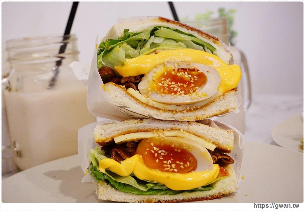 [台北早午餐●中山站] 朝富早午餐 cha'o food–溏心蛋與厚重起司瀑布的超邪惡組合
