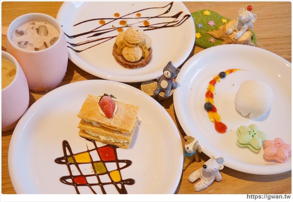 20180325234729 4 - 熱血採訪 | 卷卷蛋糕實體門市新開幕,買甜點送飲料,位置偏遠人潮卻不少