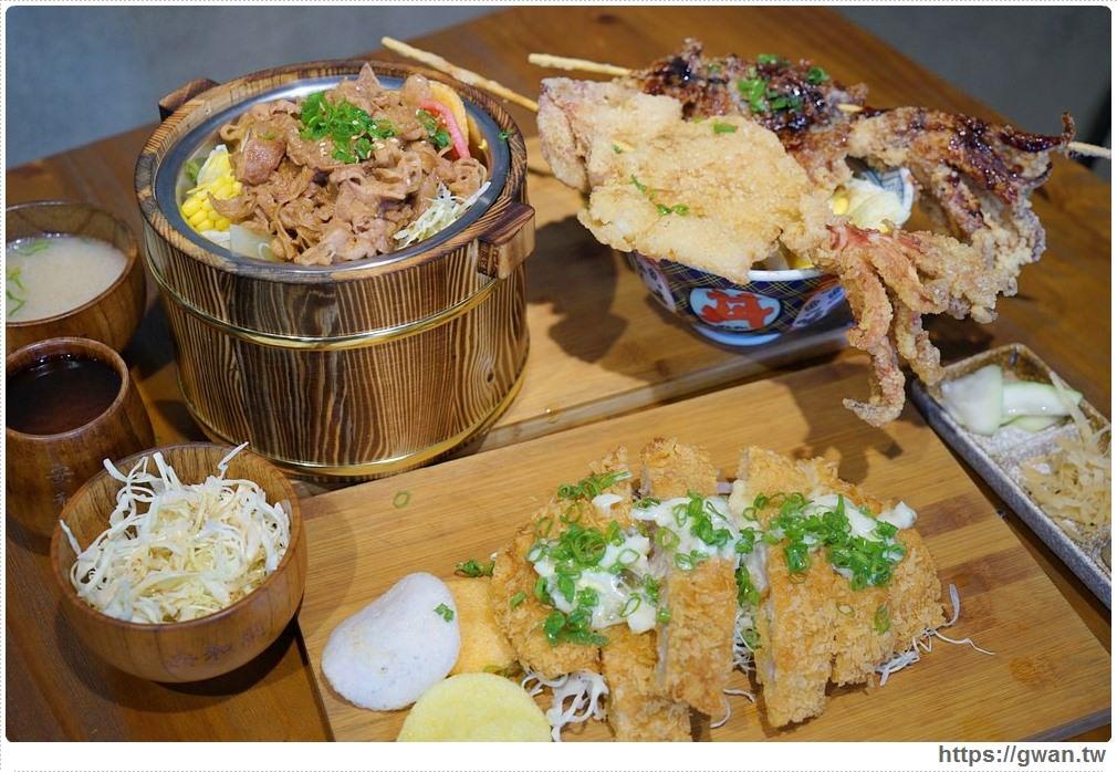 20180927193906 55 - 熱血採訪 | 台中超浮誇丼飯,兩隻鮮魷讓你看不到底下白飯,牛肉片堆成小山