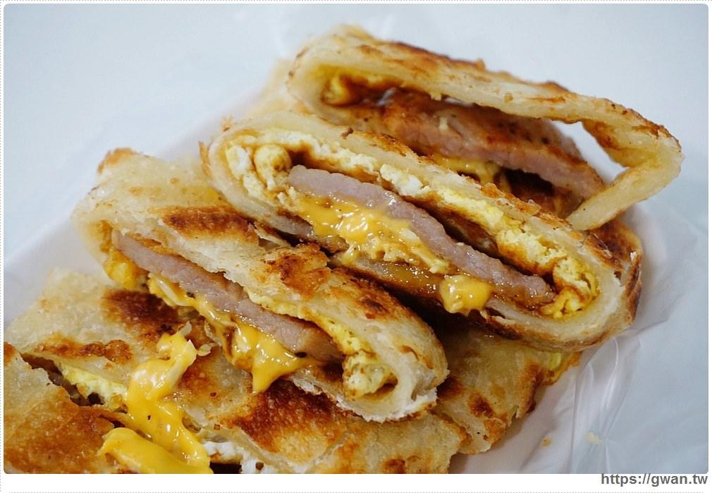 永和早餐 | 壹零手工蛋餅 — 藏在菜市場裡的人氣蛋餅,餅皮現做現擀好酥脆