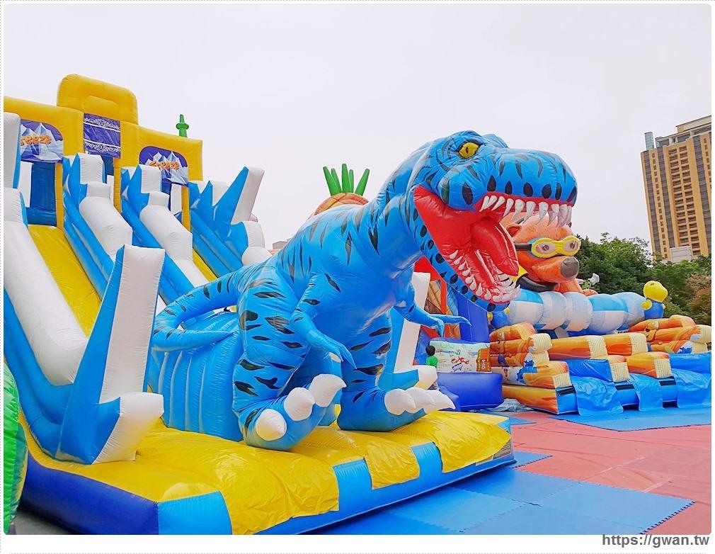 20181212192152 25 - 台中恐龍主題氣墊樂園,為期一個月,平日不限時,快帶小朋友來放電吧 ~