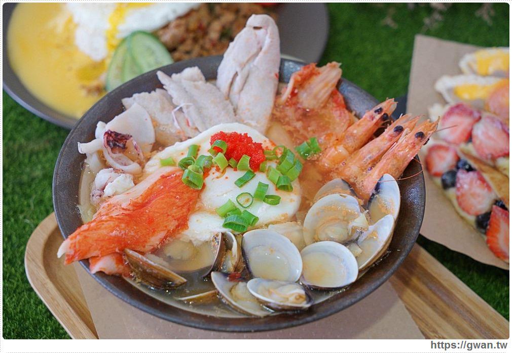 T&F手作吐司 | 滿滿海鮮看不到底下麵條,澎湃份量一碗居然只要百元,每日限量30份!!